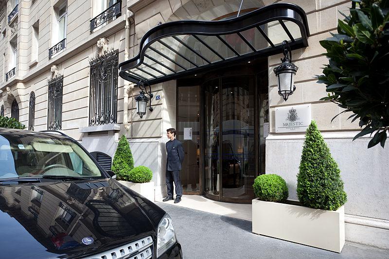 Entrée_de_la_Villa_Hotel_Majestic
